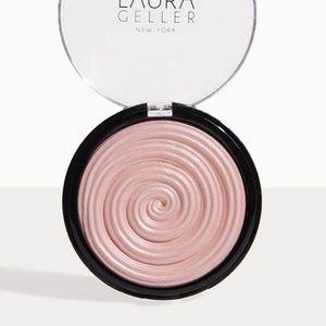Laura Geller Baked Gelato Swirl Illuminator Pink
